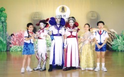 School History 2003, 86th Anniversary Musical 01